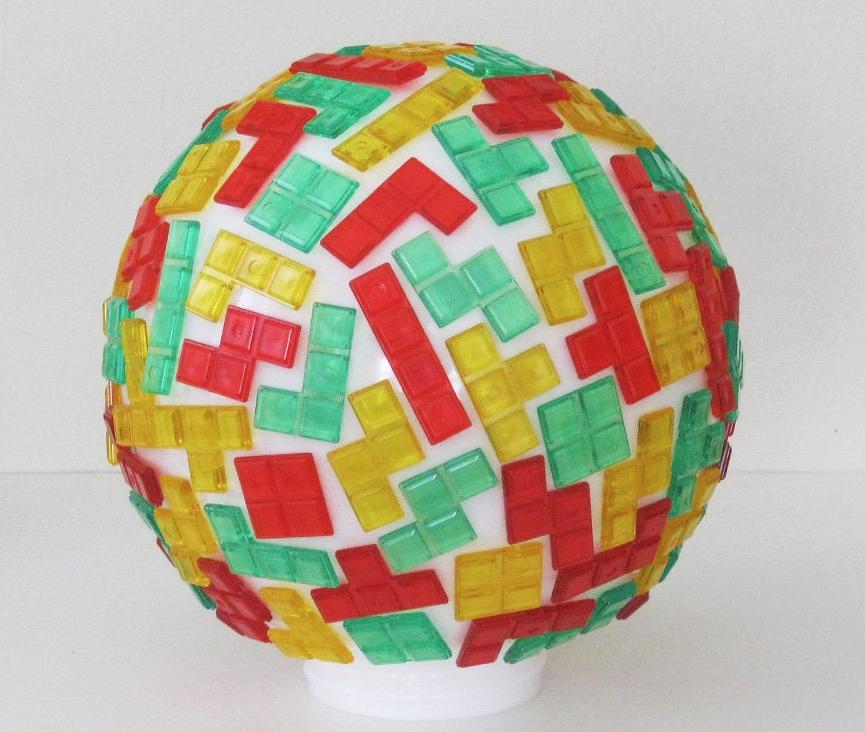 Tetris. Obra artística. Foto de GigaGeek