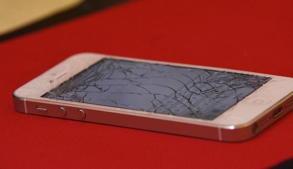 ¿Tu móvil no funciona? Arréglalo sin salir de casa con MyFixpert