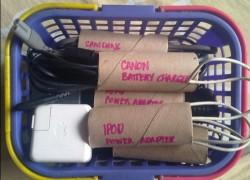 5 ideas para organizar cables con rollos de papel higiénico