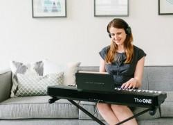 Aprende a tocar el piano con este teclado y un iPad