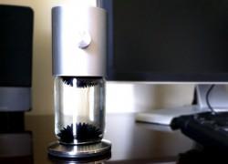 Ferroflow: adorno de escritorio de ferrofluido