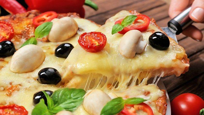 Cómo cortar la pizza en porciones matemáticamete idénticas
