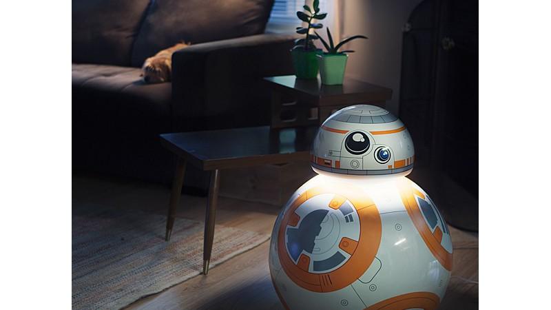 Lámpara con forma del droide BB-8 de Star Wars