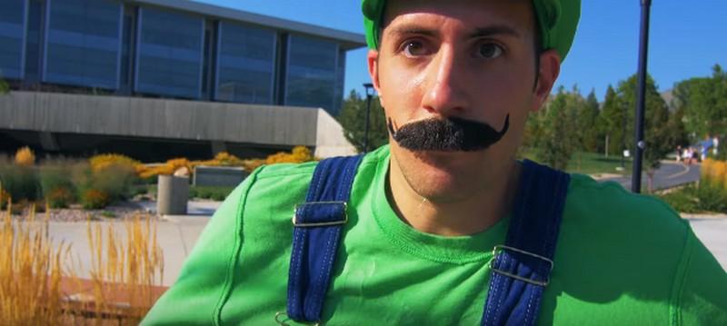 Vídeo: Mario Bros parkour
