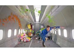 Impresionante vídeo musical grabado en gravedad cero