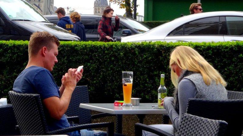 ¿Adicción al móvil? 7 aplicaciones para superarlo