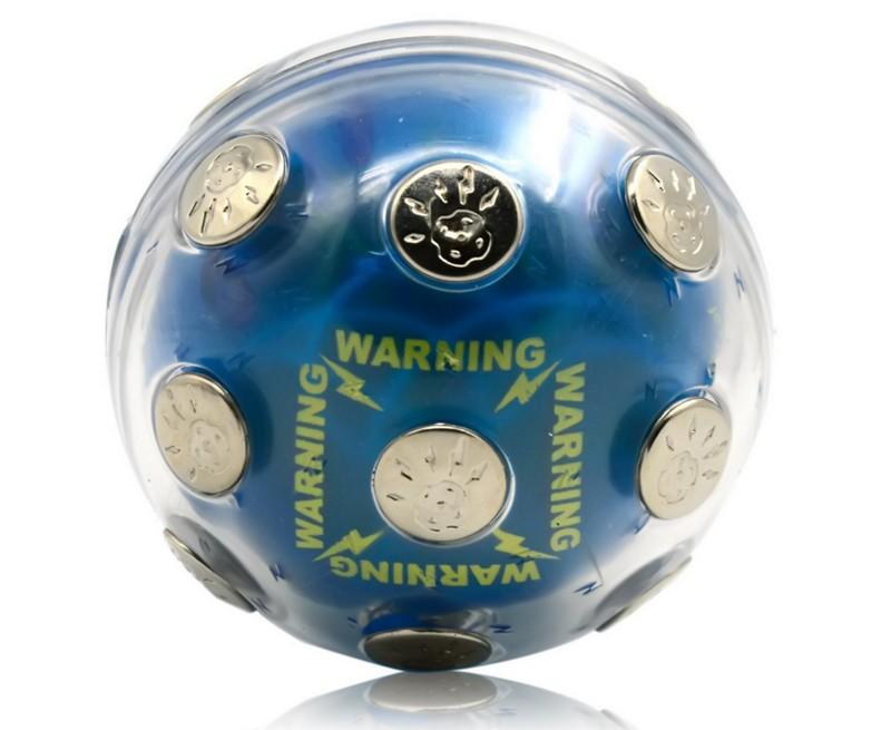 Pasa la bola antes de que te suelte una descarga eléctrica