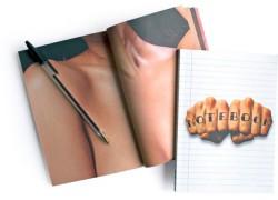 Un cuaderno con imágenes del cuerpo para practicar tus tatuajes