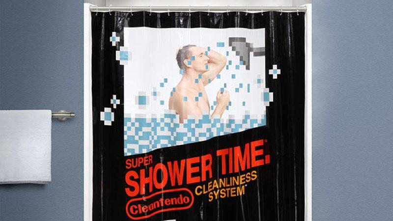 Duchas con toque geek gracias a la cortina de baño Retro Gaming