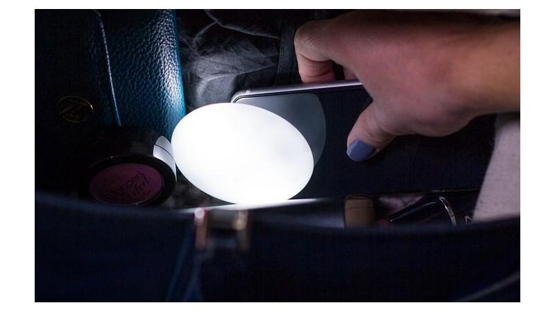 Lámpara automática para buscar en el bolso