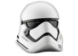 Esta réplica del casco de un Stormtrooper de Star Wars es simplemente perfecta