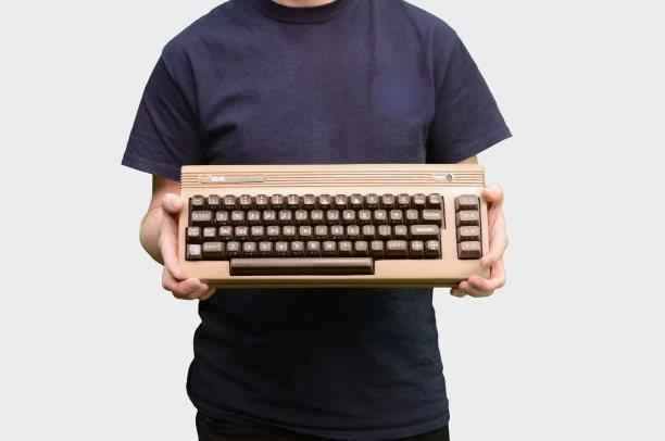 Vuelve el Commodore 64 (o al menos eso es lo que pretende esta campaña)