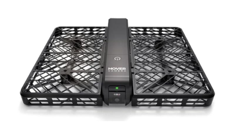 Hover camera: un pequeño dron que flota en al aire y te sigue