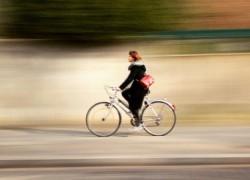 Con Bluristic puedes simular un efecto de velocidad en tus fotos