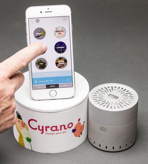 Cyrano: un gadget programable que emite olores relajantes