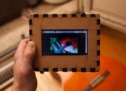 Le Myope: una cámara que no hace fotos sino que busca imágenes similares en Internet