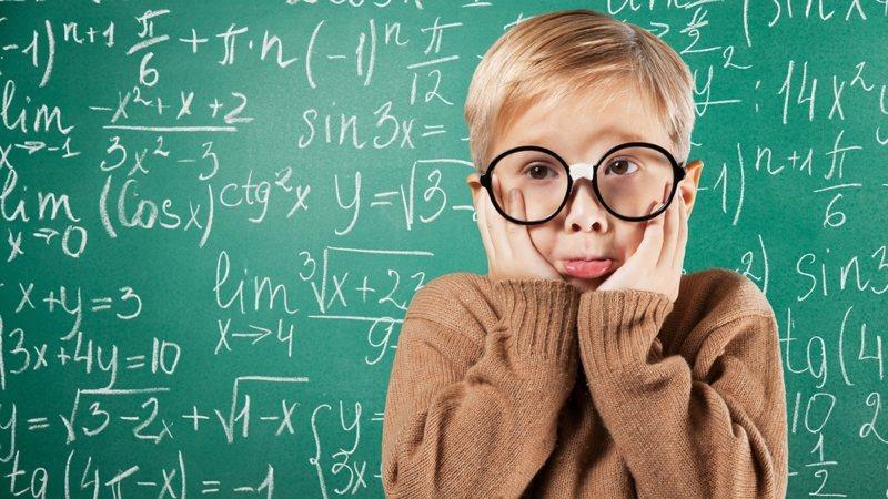 MathPix, la app de iPhone que hace tus deberes de matemáticas