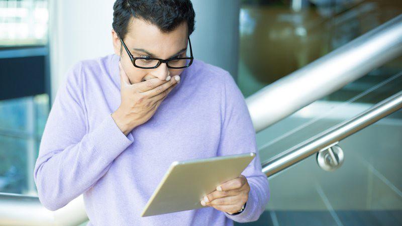 Crea mensajes falsos de Twitter, Facebook y más para gastar una broma a tus amigos