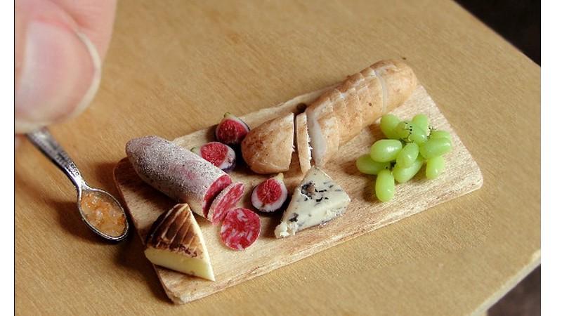 Increíbles y diminutas reproducciones de comida en arcilla