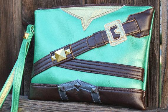 Con estos bolsos frikis hechos a mano serás el centro de atención