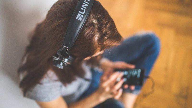 Cómo escuchar la radio en el móvil
