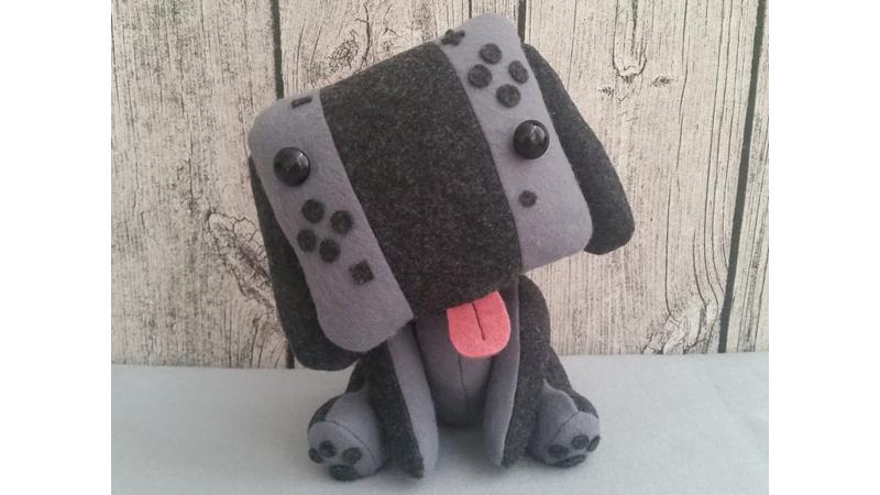 Adorable peluche inspirado en el mando de Nintendo Switch