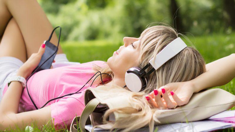 5 servicios para escuchar música gratis online y sin restricciones