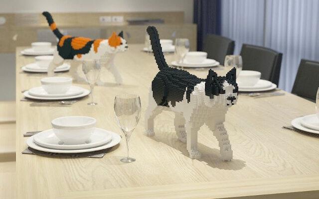 Construye tu propio gato con piezas estilo LEGO