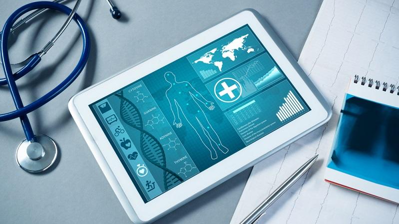Lentillas, audífonos, prótesis impresas en 3D... así ayuda la tecnología a tu salud